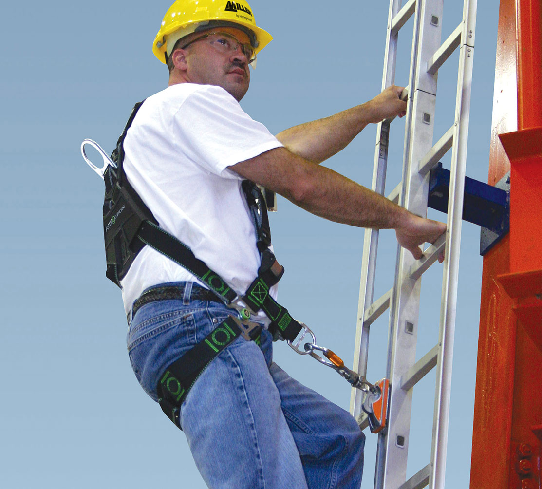 climbing-the-ladder-harness-684339.2